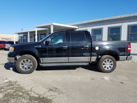 Pre-Owned 2006 Lincoln Mark LT  4WD